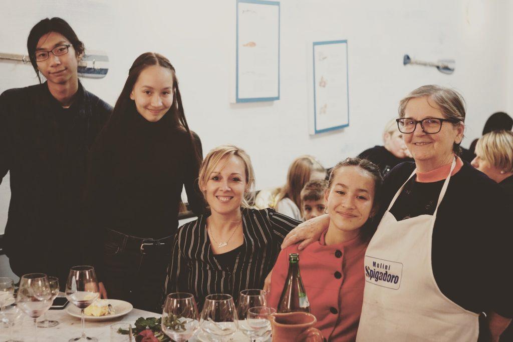 2018-12-01, At Mama Rosa, Salerno